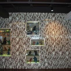 Glass tile wall