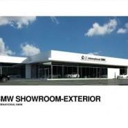 14-107 International BMW Showroom Exterior compressed